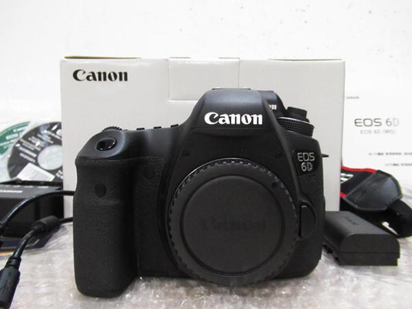 デジタル一眼レフカメラ1